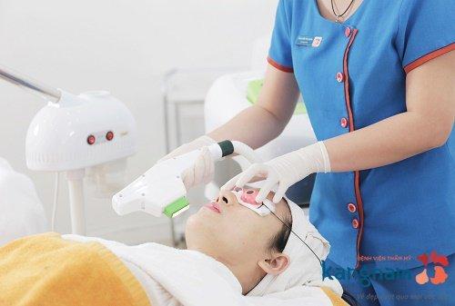 công nghệ trị mụn