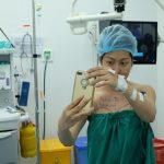 Xem toàn cảnh quá trình hút mỡ bụng của Phi Thanh Vân