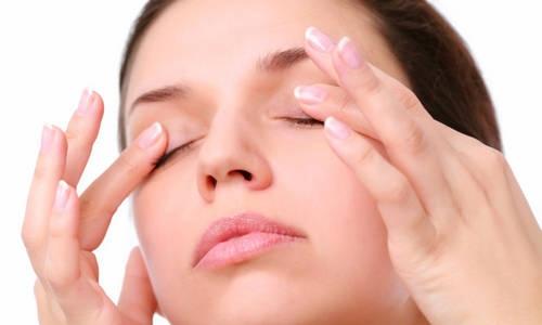 cách trị nếp nhăn ở mắt