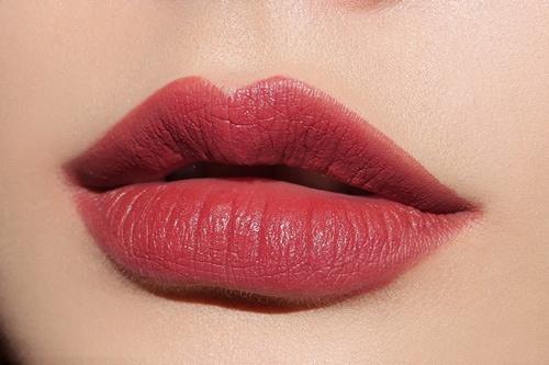 dáng môi đẹp