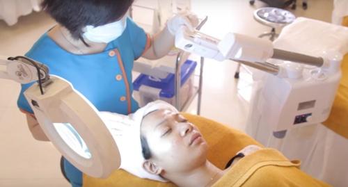 trị mụn bằng oxy led có hiệu quả không