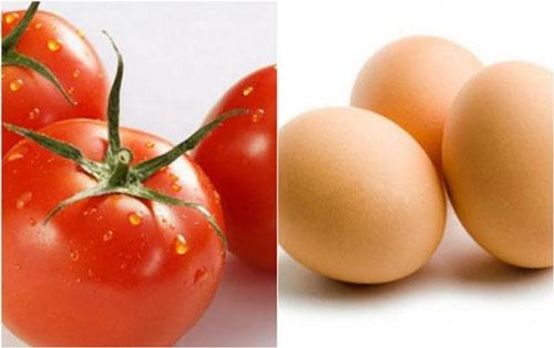 Cách trị nám bằng trứng gà và cà chua