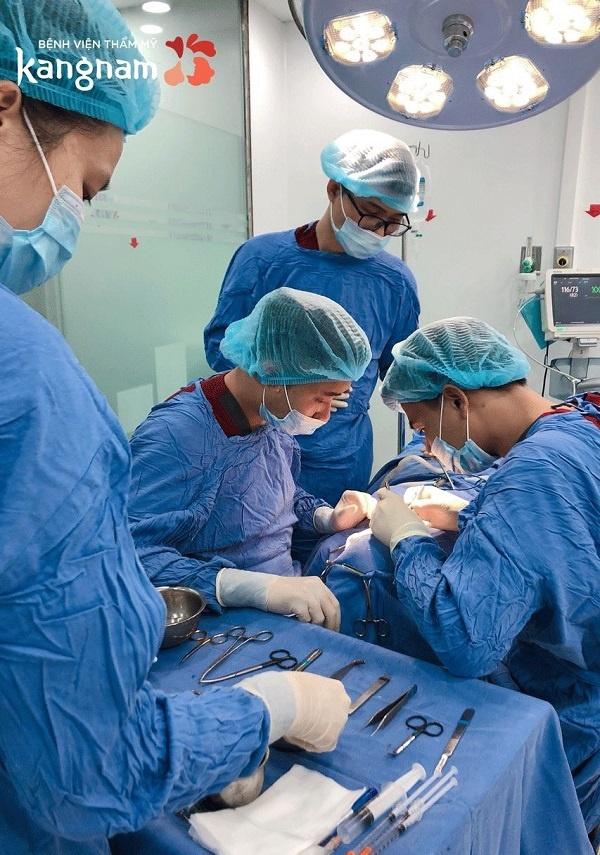 phẫu thuật gọt trán