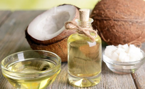 trị sạm da bằng dầu dừa