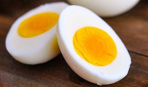 ăn nhiều trứng gà có tốt không