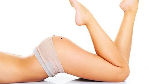 nốt ruồi ở mông phải phụ nữ
