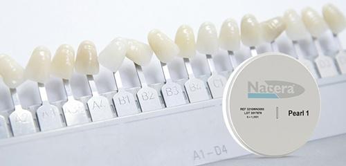 răng toàn sứ nacera