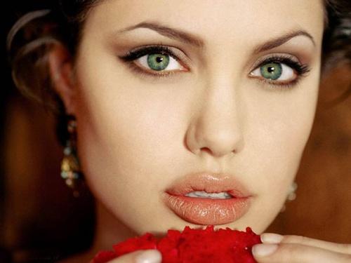 đôi mắt đẹp nhất thế giới