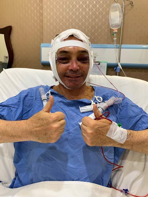khách hàng úc hồi phục hậu phẫu